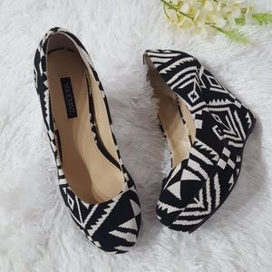 Shoemint Aztec print wedges.  Size 7.5